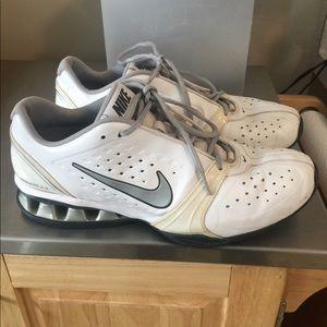 Nike Reax training sneaker